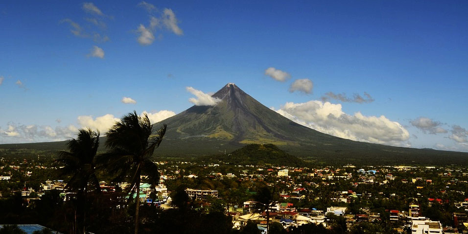Philippines tourism mayon.